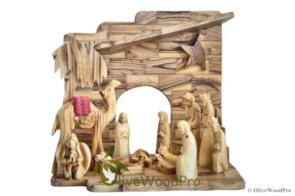 Holy Land Olive wood nativity set carved Christmas tree Holy Family 13 pcs with Stable